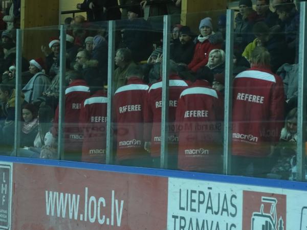 LSSS hokeja treneris atgriežas no spēlēm valsts izlasē