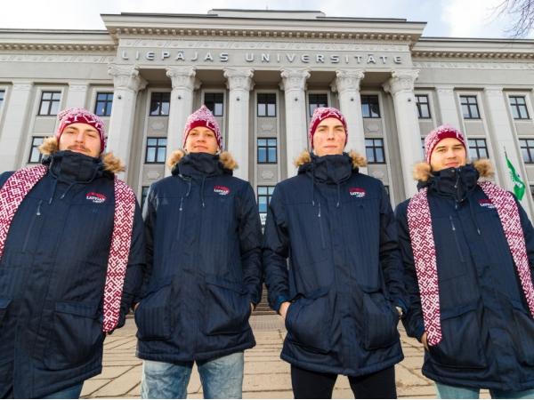 Uz Pasaules Ziemas Universiādi dodas hokeja treneri