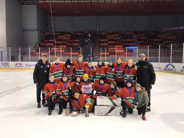 U13 hokejisti no Baltkrievijas atgriežas ar 2. vietu